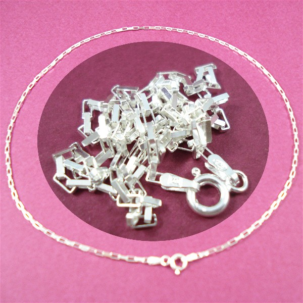 Long box chain web