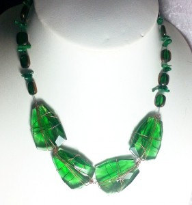 Glass gem  necklace jewellery  https://spoilmesilly.com.au/