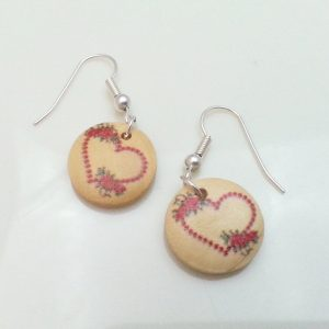 Light-Wooden-Jewellery-Earrings-Dangle-Disc-Round-Wood-Red-Hearts-Flowers-New-161361899137-2