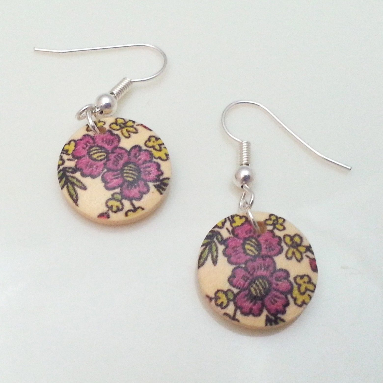 Light-Wooden-Jewellery-Earrings-Disc-Round-Wood-Pink-Flowers-Leaves-Womens-New-161361899276