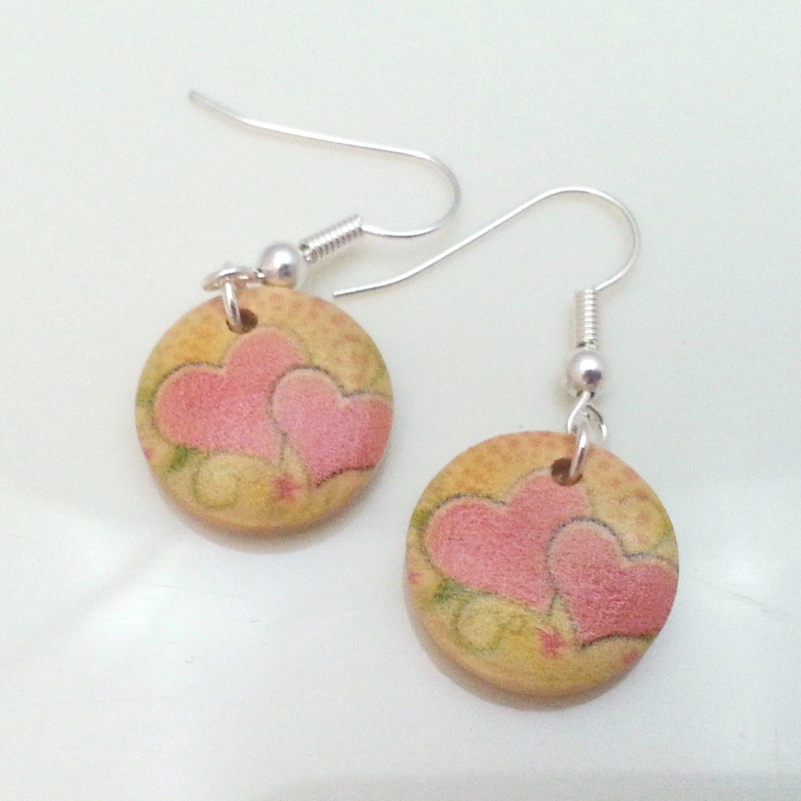 Light-Wooden-Jewellery-Earrings-Disc-Round-Wood-Pink-Hearts-Flowers-Womens-New-400739840145-3